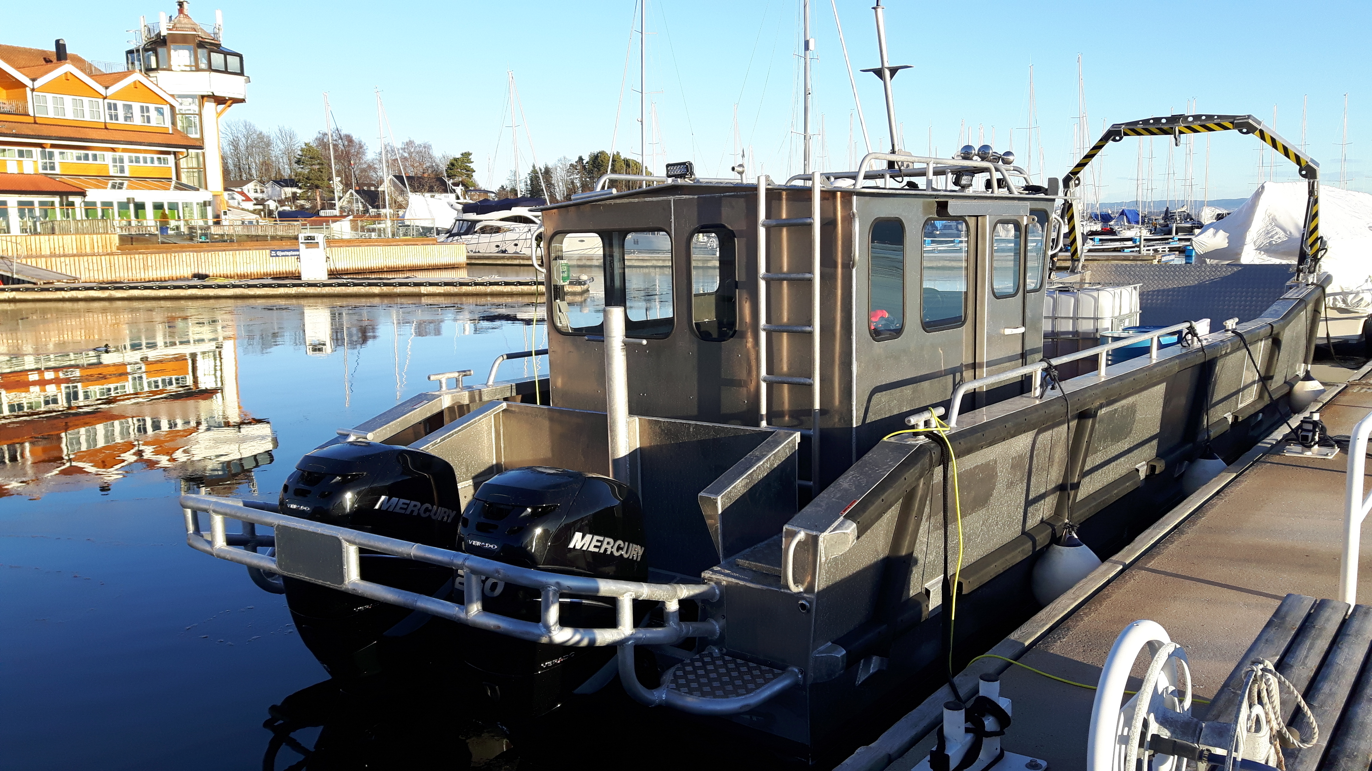 united boats com aft xlarge carver kenosha boat for power yachtworld wi cabin states cabins sale